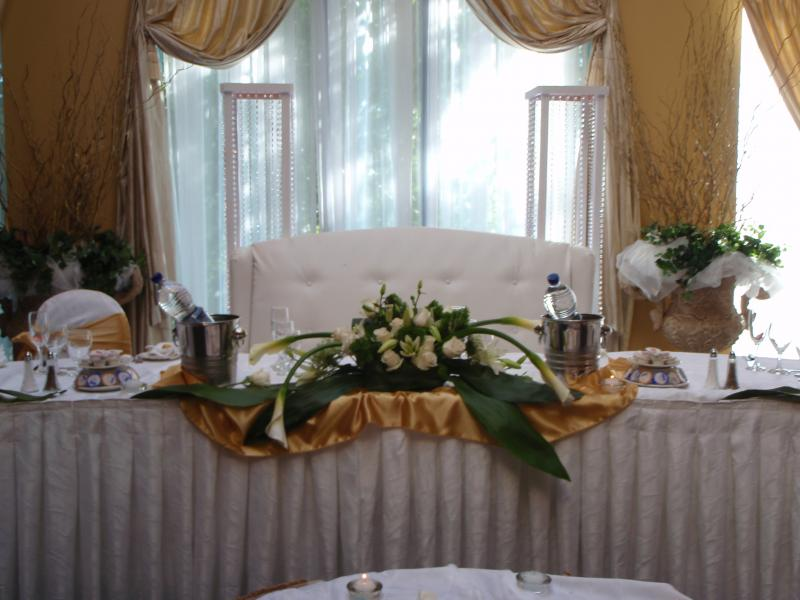 wedding chair covers wedding table centrepieces favours and much